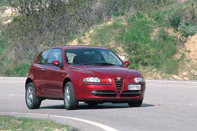 Alfa 147 2.0 Selespeed / Volkswagen Golf Highline 4 Motion