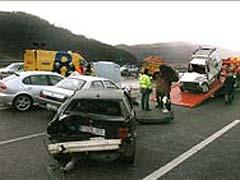 Mueren 17 personas en las carreteras