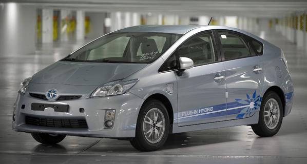 El Toyota Prius Plug-In Hybrid, en España