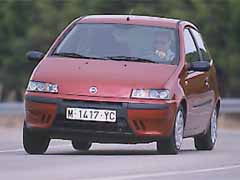 Fiat punto 1 9 jtd elx for Capacidad baul fiat punto