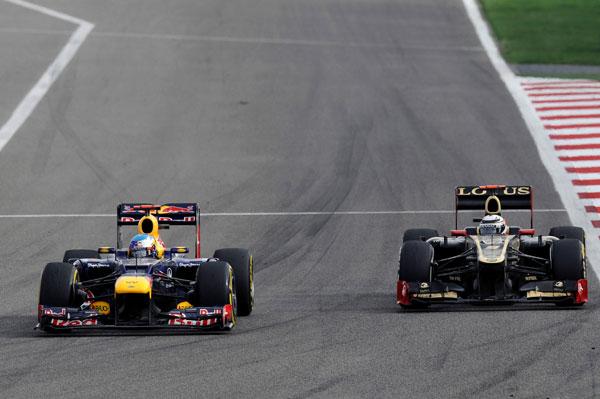 Kimi Räikkönen presionó a Vettel en el último tercio de la carrera, aunque finalmente no pudo adelantarle
