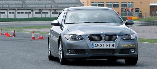 Prueba un BMW en circuito: toda una experiencia