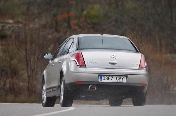Renault Fluence vs Citroën C4 Sedán