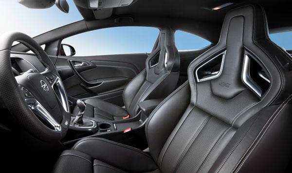 Opel Astra OPC el contacto