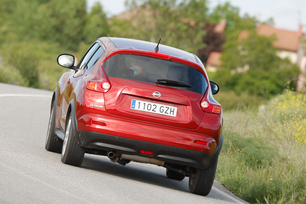 Dacia Duster 1.5 dCi 4x4 y Nissan Juke 1.6 Turbo 4x4