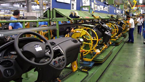 La industria auxiliar también nota la crisis