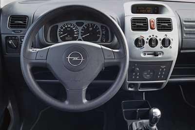 Opel 2004 (gama)