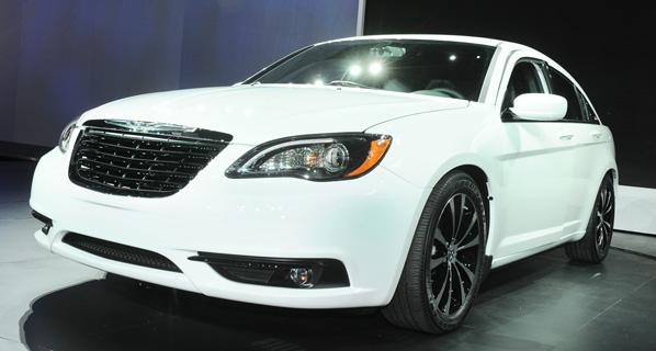 Nace el nuevo Chrysler 200