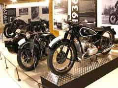 BMW, una leyenda viva en el Museo de la Moto de Bassella