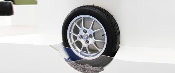 Llega el neumático que se autorrepara