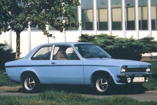 Sedanes Opel