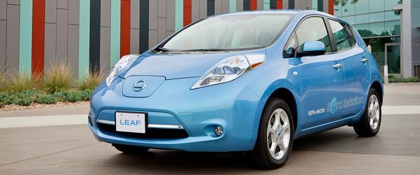 Ya circula en España el primer taxi eléctrico