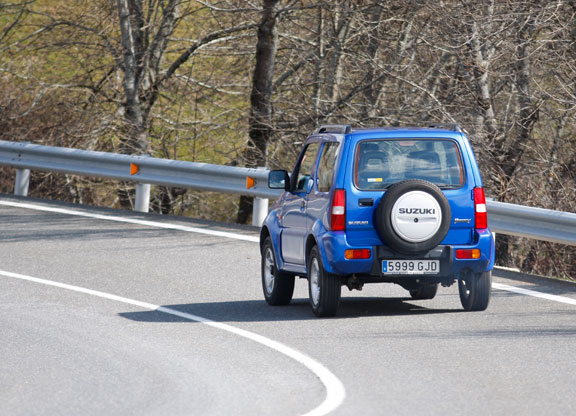 Fiat Panda 4x4 vs  Suzuki Jimny