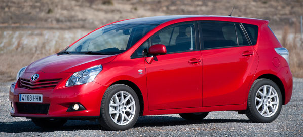 Toyota Verso 2012, más equipamiento de serie