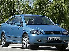 Opel Astra Coupé 2.2 DTi Bertone Edition