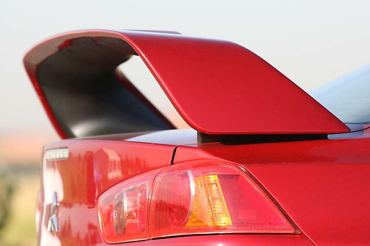 Mitsubishi Lancer Evolution X MR detalles exterior