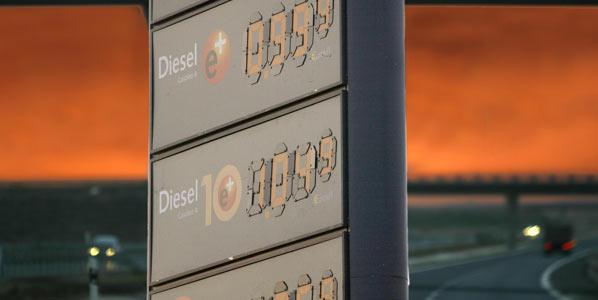 Los combustibles caen un 5 por ciento en una semana