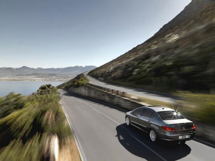 Nuevo Peugeot 408.