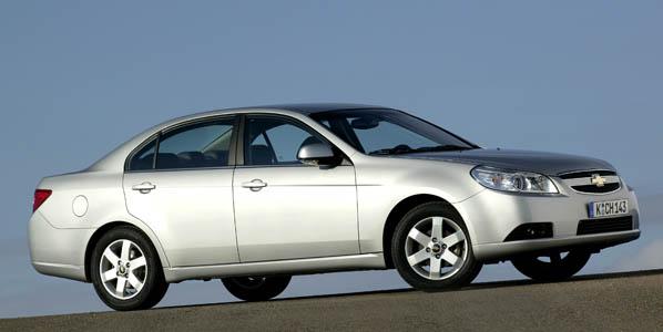 Chevrolet Épica, la gama se amplía