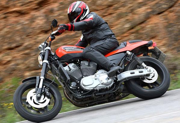 Listo el primer casco con airbag para moto