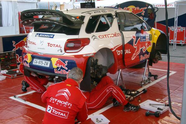 El rallye calienta motores.  Galería de fotos