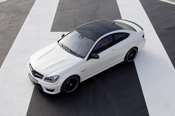 Mercedes C 63 AMG Coupé el contacto