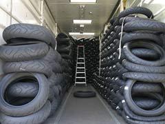 Neumáticos para hacer carreteras