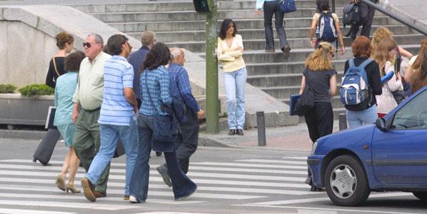 Un paso de peatones de Madrid, entre los peores