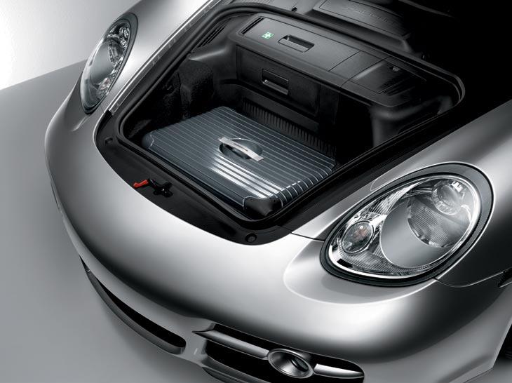 Cuenta también con un maletero delante, con una capacidad de 150 litros (lo que, unido al maletero trasero, suma 410 litros en total).