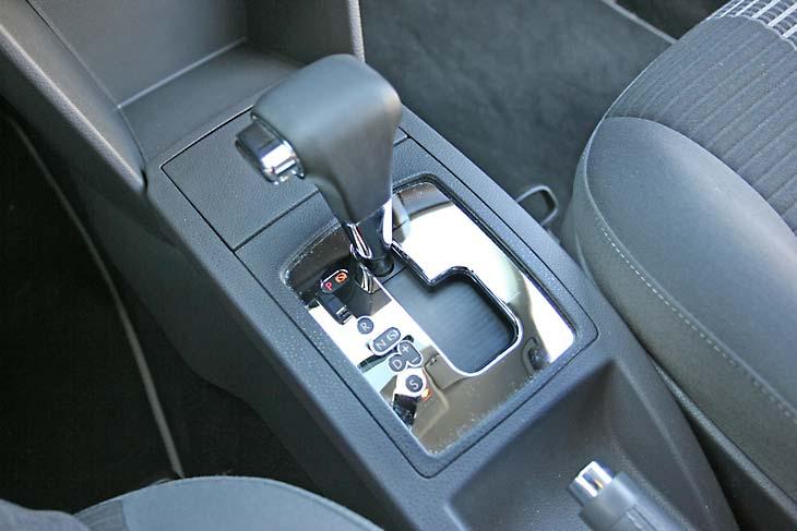 VW Polo 1.4 Tiptronic United: en acción