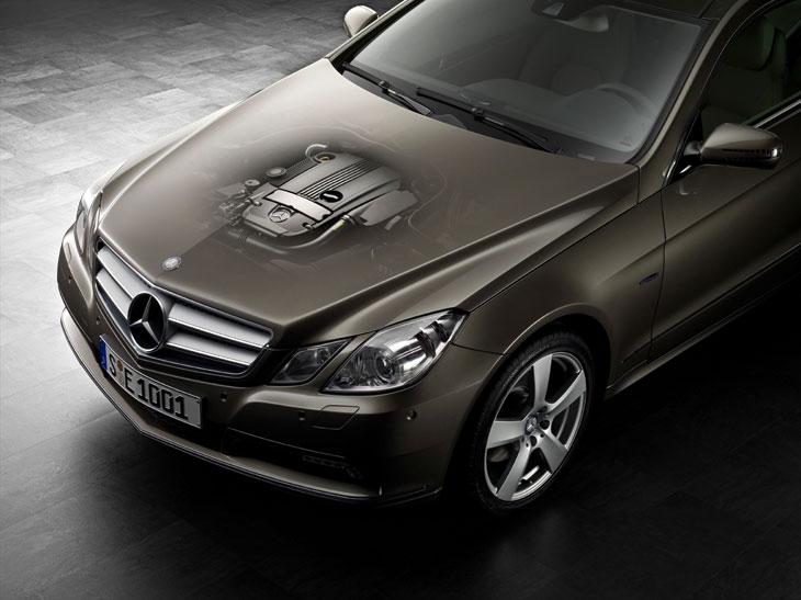 Nuevos Mercedes E Coupé 200 CGI y 220 CDI BlueEFFICIENCY