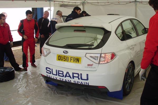 Subaru sigue ayudando a sus pilotos
