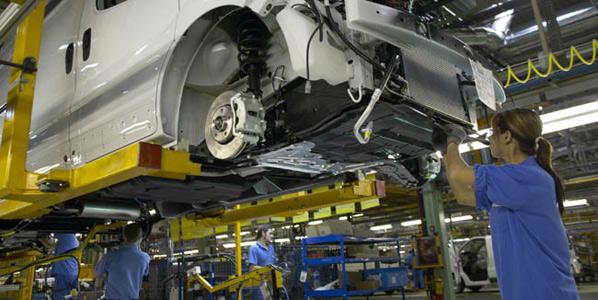 Nissan fabricará casi un 50% más en Barcelona