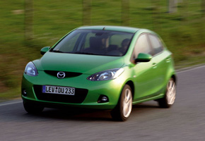 Mazda2: In and out