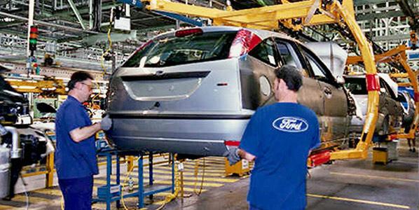 Ford Almussafes: empleo garantizado hasta 2013