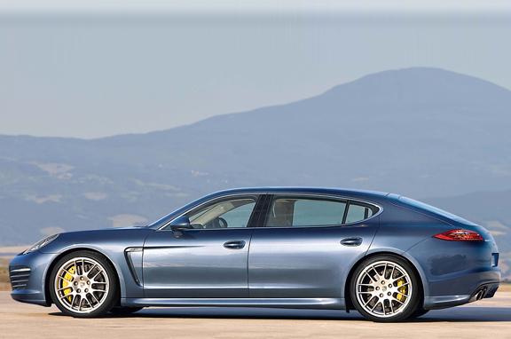 Los coches de lujo que vienen: Porsche Panamera de batalla larga.