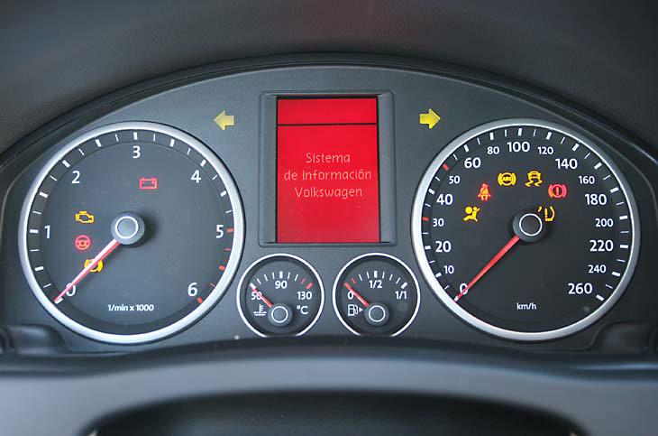 Land Rover Freelander2 frente a Volkswagen Tiguan: detalles interiores