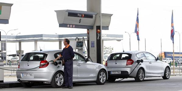 La gasolina, más cara que el gasóleo