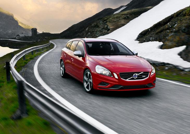 Volvo S60 y XC60 R-Design, ahora más potentes.