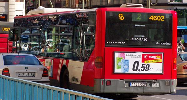 Las tarifas de los autobuses urbanos alcanzan diferencias de hasta un 142 por ciento