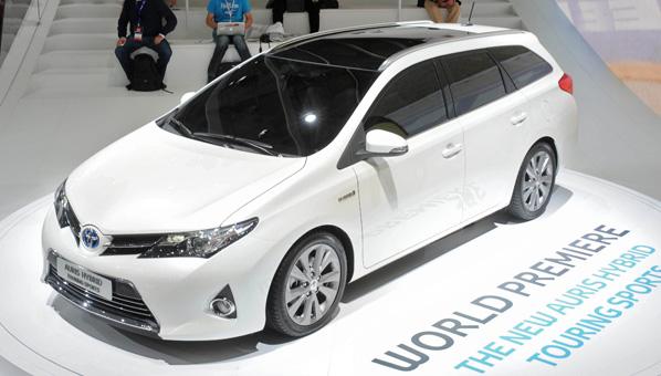 Toyota entra en la patronal española