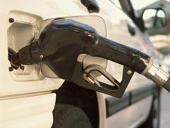 La huelga de las gasolineras se mantiene, de momento