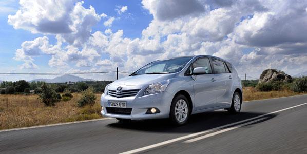Toyota revisará el Verso en España