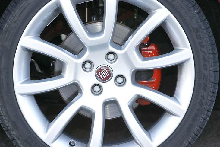 Fiat Bravo frente a Peugeot 308: exteriores