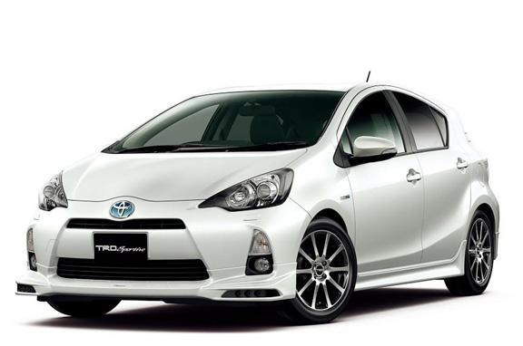 Toyota Aqua o Prius C híbrido
