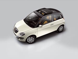 Lancia Ypsilon Momo