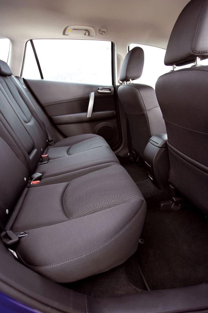 Mazda6 Diesel, 5 puertas y familiar Wagon: detalles interiores