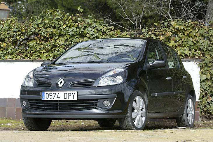 Más grande y más moderno, el nuevo Clio parece un compacto.
