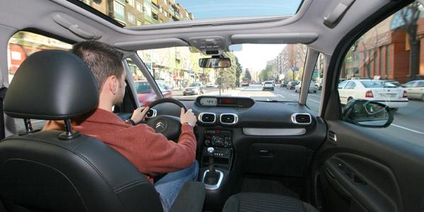 Madrid aprueba en su señalización de tráfico