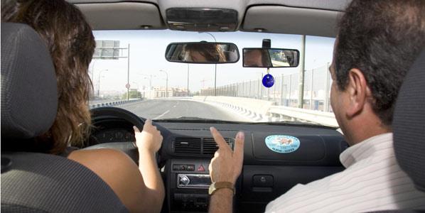 Navarro: será excepción quien conduzca sin carné